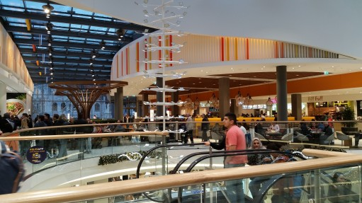 Food-Lounge_Aquis-Plaza